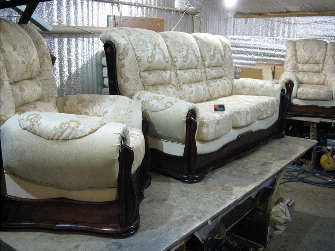 Лобня, перетяжка мягкой мебели, перетяжка кресел, перетяжка мебели, перетяжка стульев, перетяжка диванов.